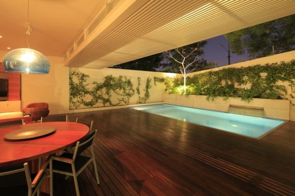 piscine-en-bois-rectangulaire-intérieur-original-fantastique