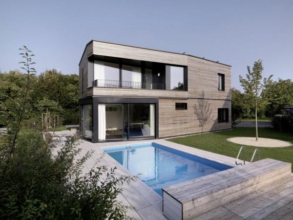 La piscine en bois rectangulaire espace de d tente et - Maison design moderne capital building ...