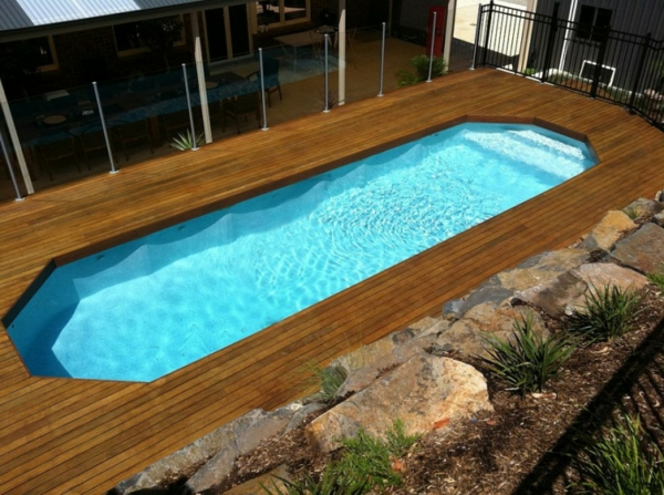 la piscine en bois rectangulaire espace de d tente et. Black Bedroom Furniture Sets. Home Design Ideas