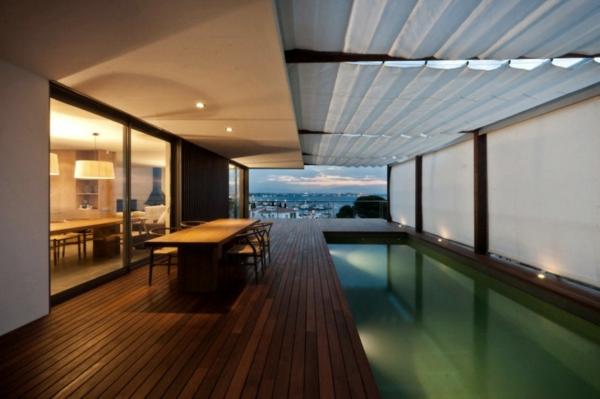 piscine-en-bois-rectangulaire-une-piscine-rectangulaire-d'intérieur