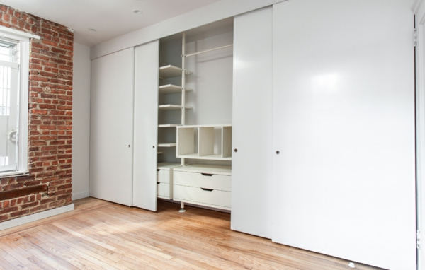 La porte coulissante de placard sur mesure - Porte de placard cuisine sur mesure ...