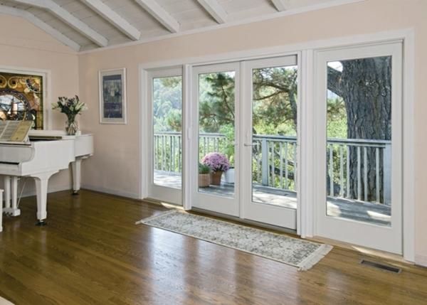 porte-française-style-en-blanc-vintage-et-jolie-décoration-du-salon