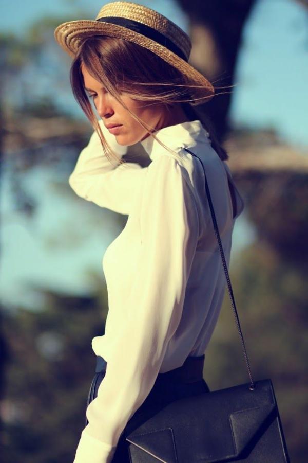 rétro-design-chemise-blanche-femme-