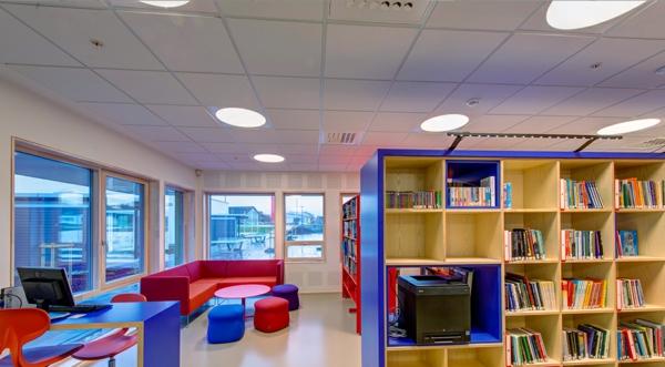rangement-modulable-intérieur-unique-avec-bibliothèque-modulable