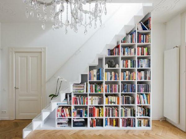 rangement-modulable-sous-escalier