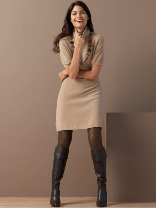robe-pull-coupe-classique-près-du-corps