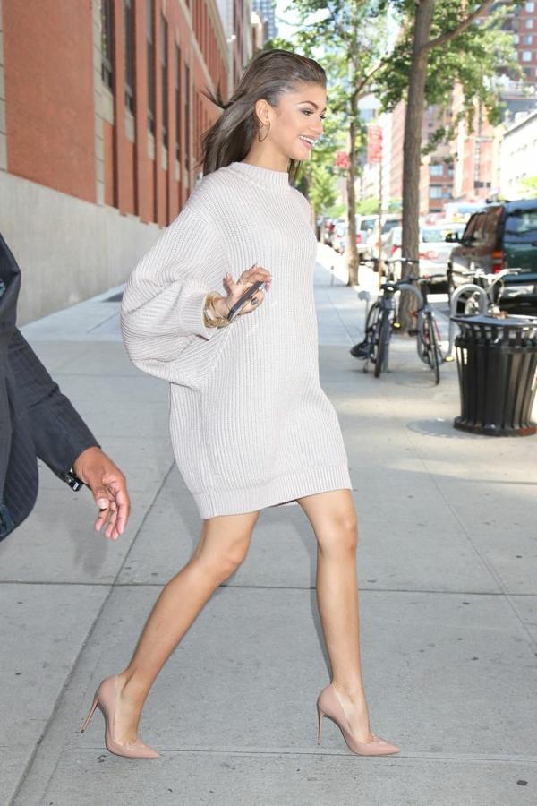 47bcb7e2267b La robe pull pour tous les styles - Archzine.fr