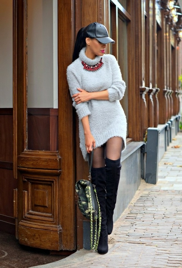 robe-pull-gris-clair-col-montant
