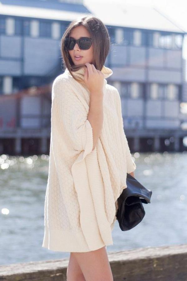 robe-pull-modèle-original-et-un-col-cheminée