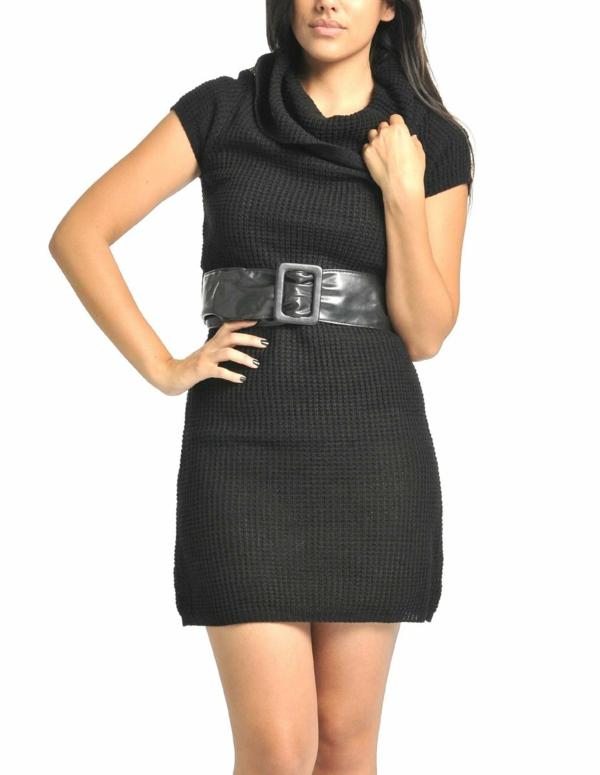 robe-pull-noire-et-une-ceinture-noire