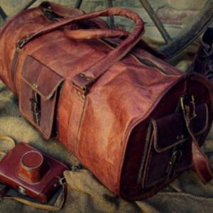Le sac de voyage en cuire