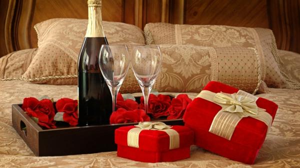 saint-valentin-cadeau-en-rose