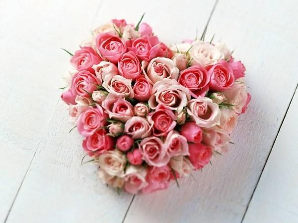 saint_valentin-unique-bouquet-avec-des-roses-secs-en-vintage-design