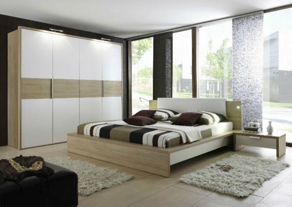 sommelier-du-lit-pour-chambre-a-coucher-unique-en-beige