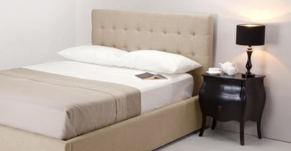 sommelier-du-lit-pour-chambre-a-coucher-unique