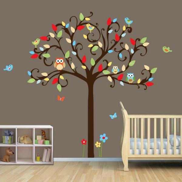 stickers-pour-la-chambre-de-bebe-avec-un-arbre-avec-des-oiseaux