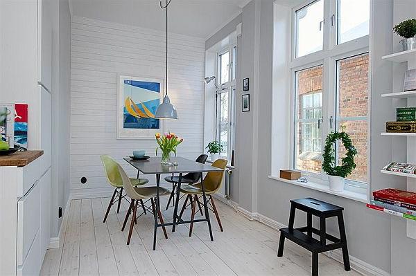 suspension-de-salle-à-manger-un-intérieur-blanc-et-simple