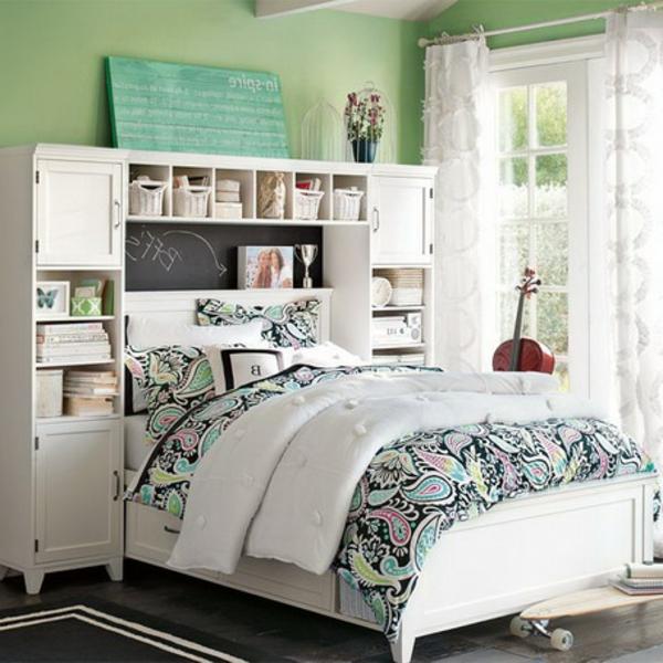 tête-de-lit-avec-rangement-casiers-ouverts-en-blanc