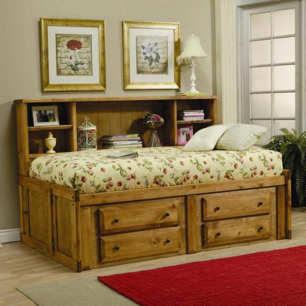 tête-de-lit-avec-rangement-lit-en-bois