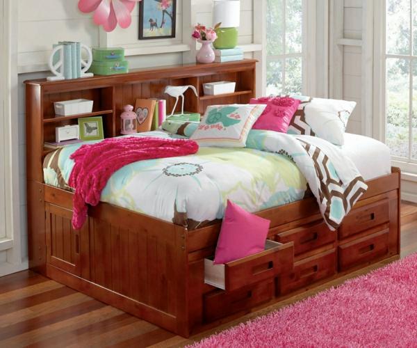 tête-de-lit-avec-rangement-pour-une-chambre-de-fille