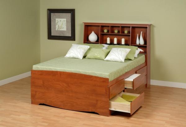 tête-de-lit-avec-rangement-un-lit-plateforme-design-stylé