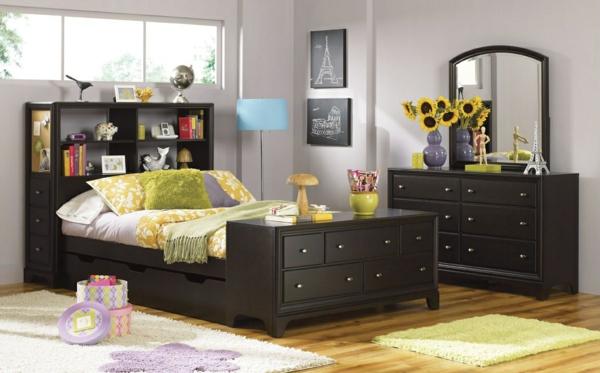 tête-de-lit-avec-rangement-un-meuble-de-rangement
