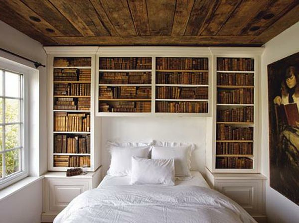 rangement au dessus du lit