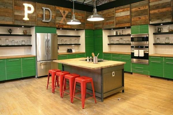 Un tabouret de bar color pour la cuisine moderne - Bar dans une cuisine ...