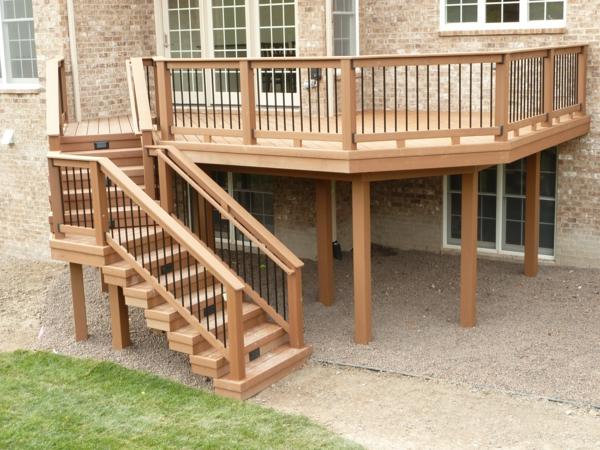 Balcon En Bois Avec Escalier : avec la terrasse en bois composite et vous avez trouver quelque chose