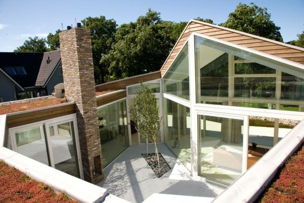 uique-construction-pour-une-des-maisons-du-monde-en-style-moderne