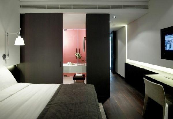 unique-chambre-à-coucher-chic-en-noir