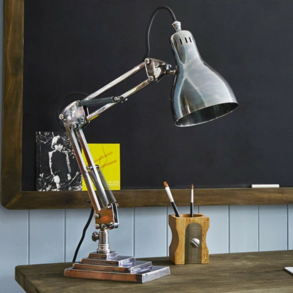 unique-design-de-la-lampe-du-bureau