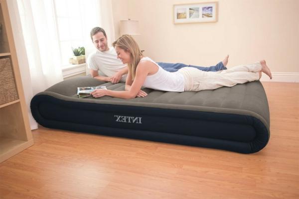 unique-design-plus-rond-pour-matelas-gonflable-comme-un-lit-confortable-