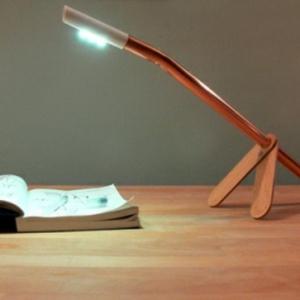 Cool design pour la lampe du bureau
