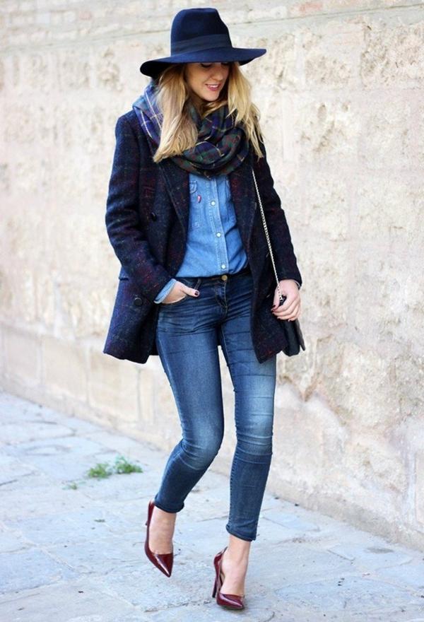 veste-en-tweed-bleue-et-longue