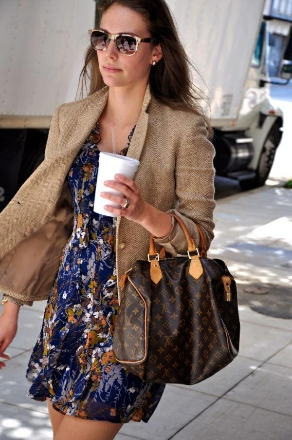 veste-en-tweed-couleur-beige