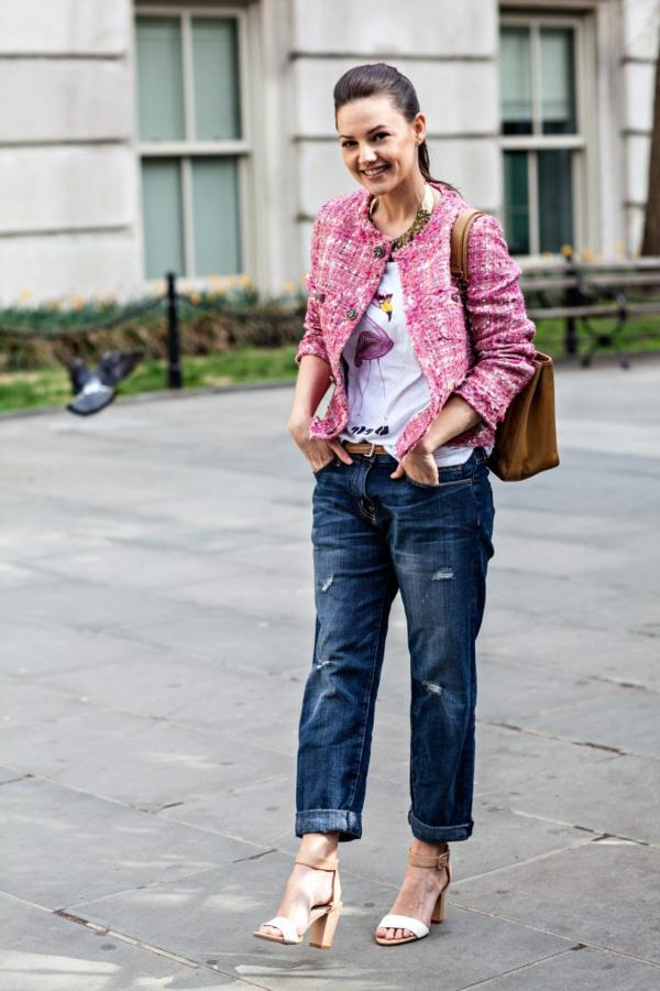 veste-en-tweed-en-rose-et-un-look-casual