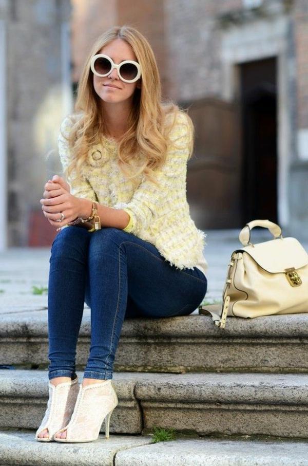 veste-en-tweed-une-veste-tweed-jaune