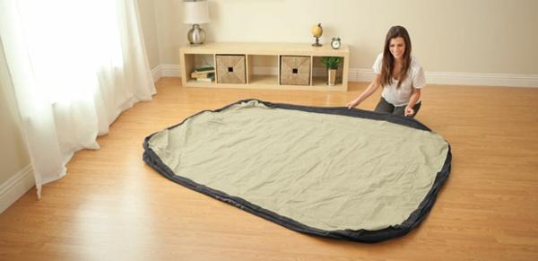 voila-comment-utiliser-votre-lit-gonflable-et-comment-vous-pouvez-le-mettre-dans-le-garde-robe-en-beige