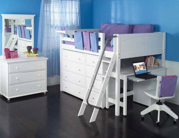 lit-surélevé-mobilier-blanc-dans-une-chambre-d'enfant-bleue