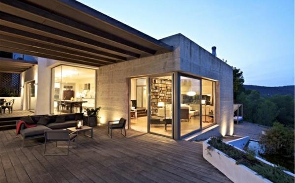 baie-vitrée-coulissante-un-extérieur-joli