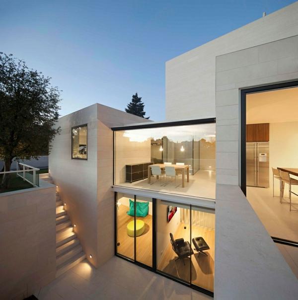 Emejing maison moderne avec grande baie vitree images for Grande maison moderne
