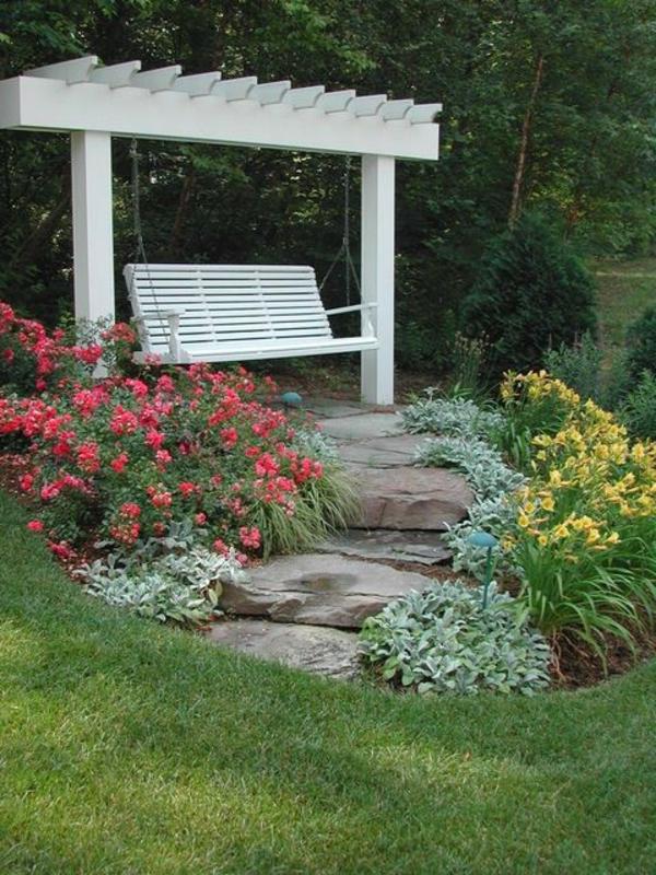balancelle-de-jardin-balancelle-de-jardin-blanche-avec-pergola