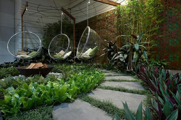 balancelle-de-jardin-balancelles-bulles-en-acrylique