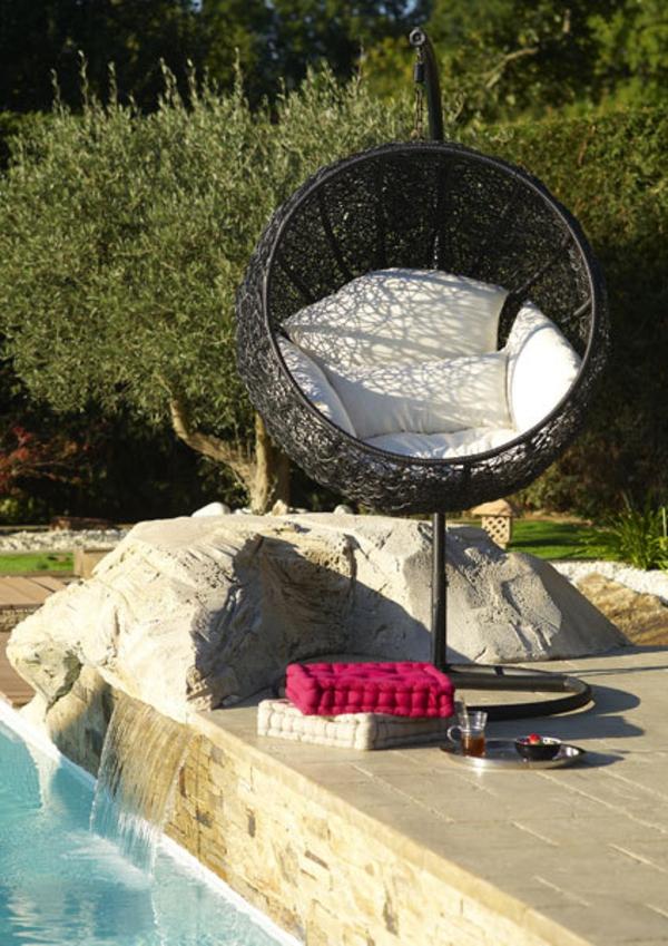 balancelle-de-jardin-chaise-bulle-balançoire