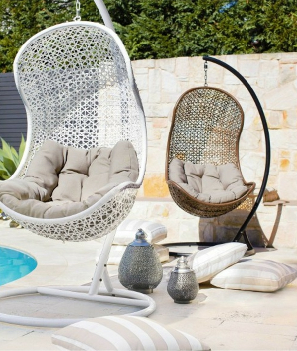 balancelle-de-jardin-chaises-balances