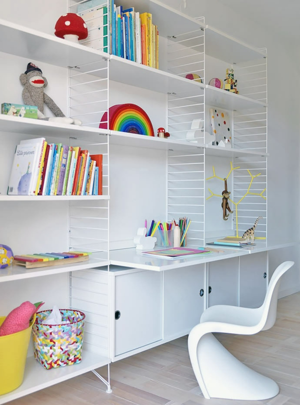 bureau-avec-étagère-design-blanc-superbe-pour-enfant