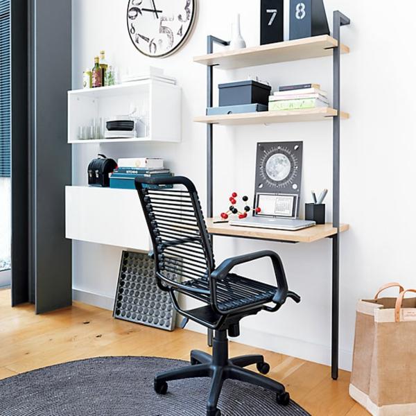 bureau-avec-étagère-designs-industriels