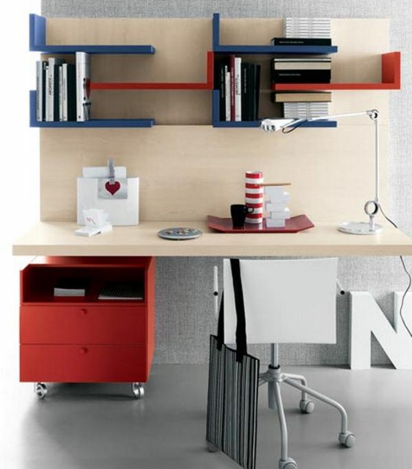 bureau-avec-étagère-rayons-muraux-colorés