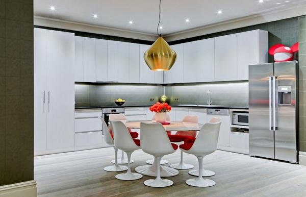 La chaise tulipe une gr ce et r trofuturisme for Table et chaise de cuisine moderne